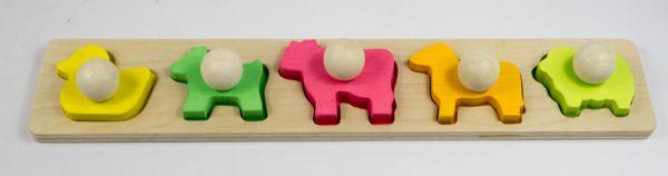 MamaGenius Animal Shape Board